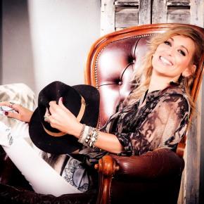 INTERVIEW – Gaelle Buswel : «Faire de la musique, c'est apporter du bonheur»