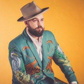 Découverte : Joshua Hedley, le retour de la «country classic»